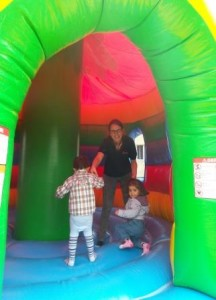 helping the smallest exploring the bouncing area